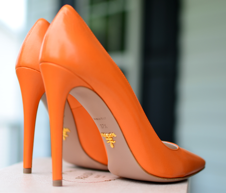 PRADA POINTY TOE ORANGE PUMPS