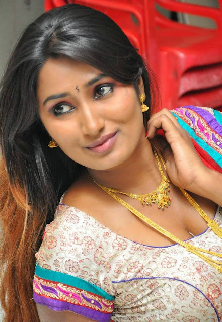 Tamil aunty pundai photos