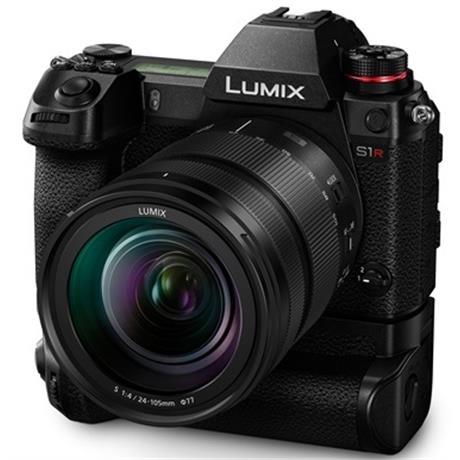 Panasonic Lumix S1R c батарейным блоком