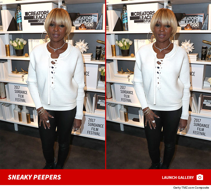 Brain Teaser: Can you spot the differences in these Mary J Blige pictures?