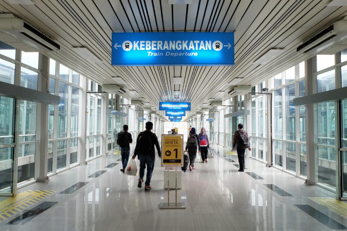 medan-kereta-railink-bandara-kuala-namu-ajengmas
