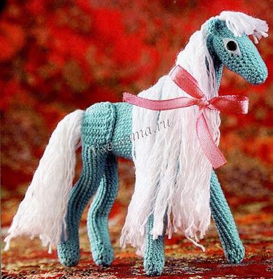 Волшебная лошадка амигуруми крючком