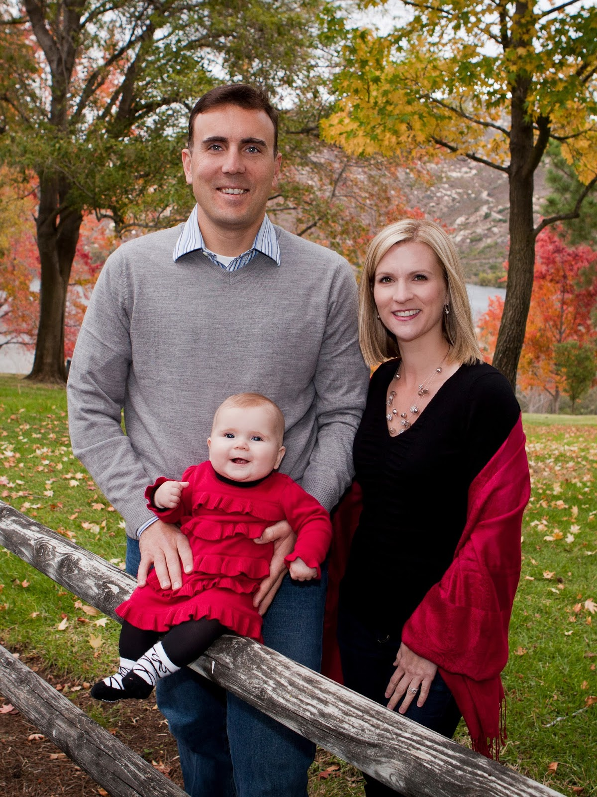 What to wear for Family Portraits – Savoring the Sweet Life Blog