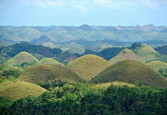 Chocolate-Hills-Filipinas