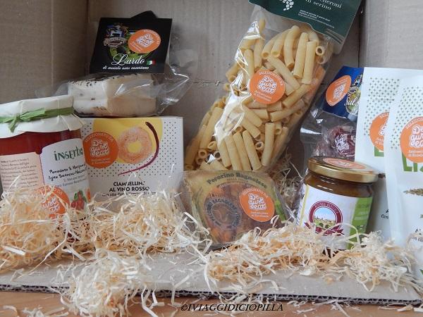 La #foodbox contenente tante eccellenze calabresi