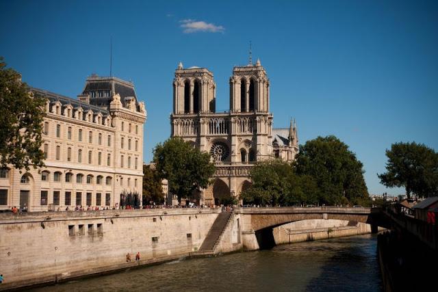 Atracões em Paris em agosto