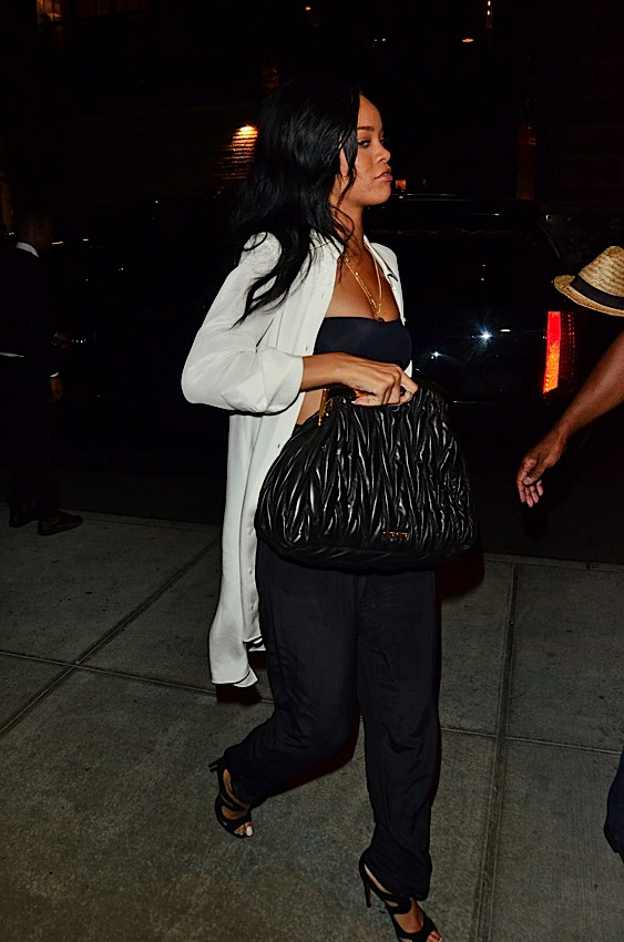 3b0d49b2fac ... Miu phoenix luxuries bags and Rihanna (Rihanna) is a natural fit
