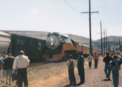 """Southern Pacific """"Daylight"""" GS-4 4-8-4 #4449 in Wishram, Washingon, on June 7, 1997"""