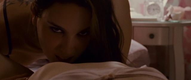 scènes de sexe Black Swan gratuit gros seins MILF porno