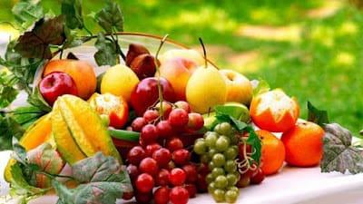 فوائد الفواكه  الكثيرة والمتنوعة