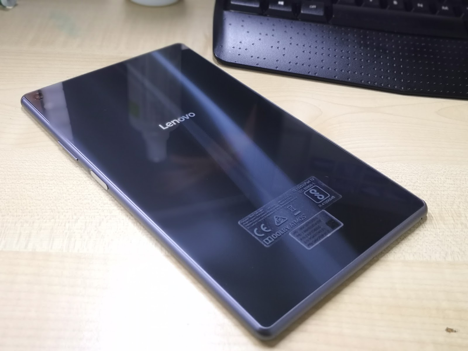 A Modern Tablet for Everyone - Review of the Lenovo Tab 4 8