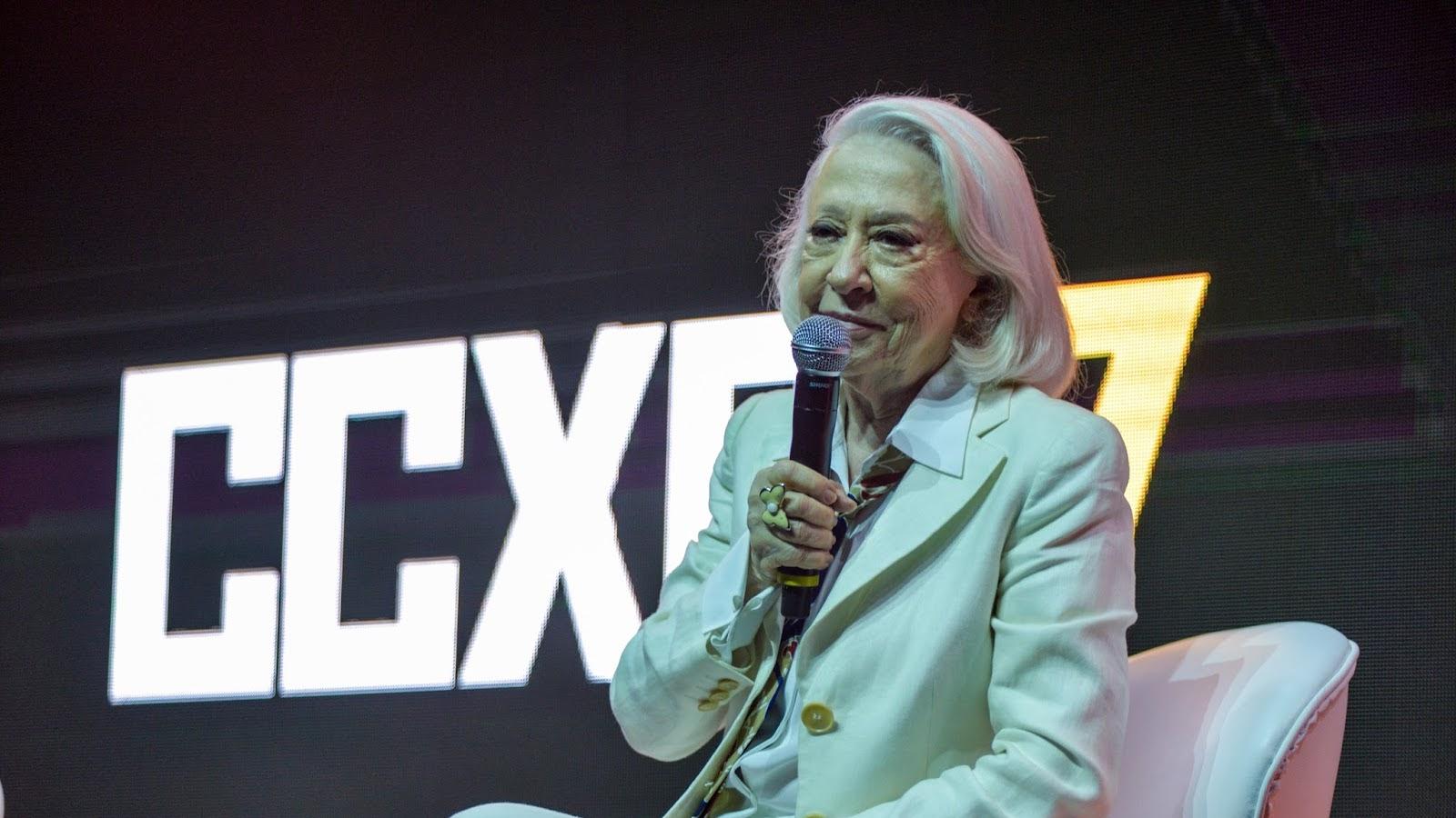 Homenageada na CCXP 2017, Fernanda Montenegro comoveu o público ao relembrar sua grande trajetória