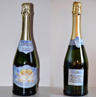 Krikštynų etiketės ant butelių