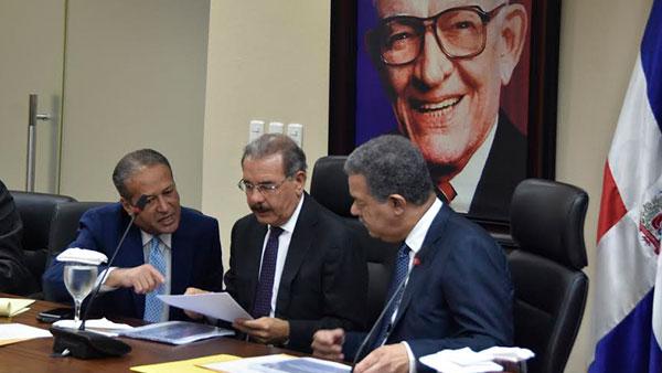 CP del PLD podría tratar en reunión reelección Danilo Medina