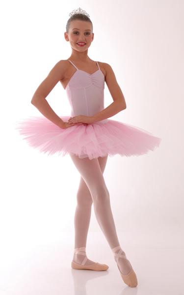 5103fe8ee9 Espero que a resposta seja que sim por que vou dizer sobre roupas de aula  de Ballet e de apresentação de Ballet .. A baixo imagens