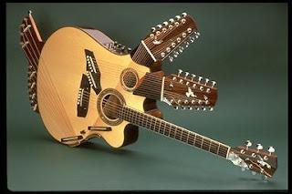 guitarra extraña