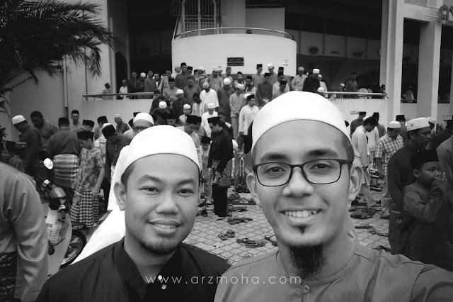 aktiviti pagi raya, gambar selfie depan masjid Unisza, Masjid Unisza,
