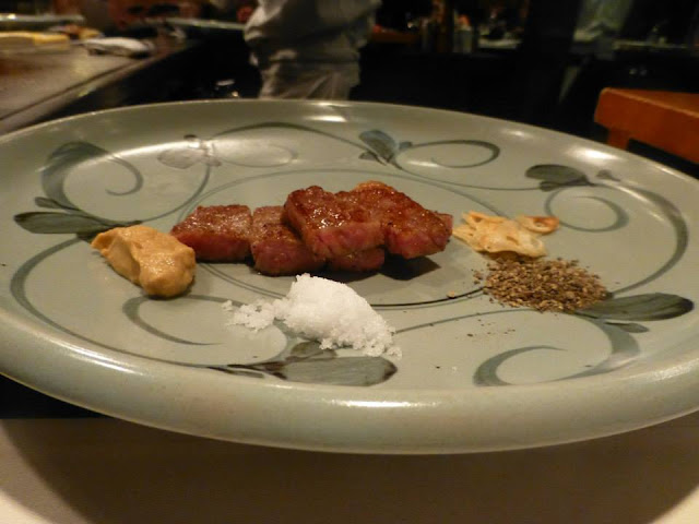 manger du bœuf de Kobe au Japon