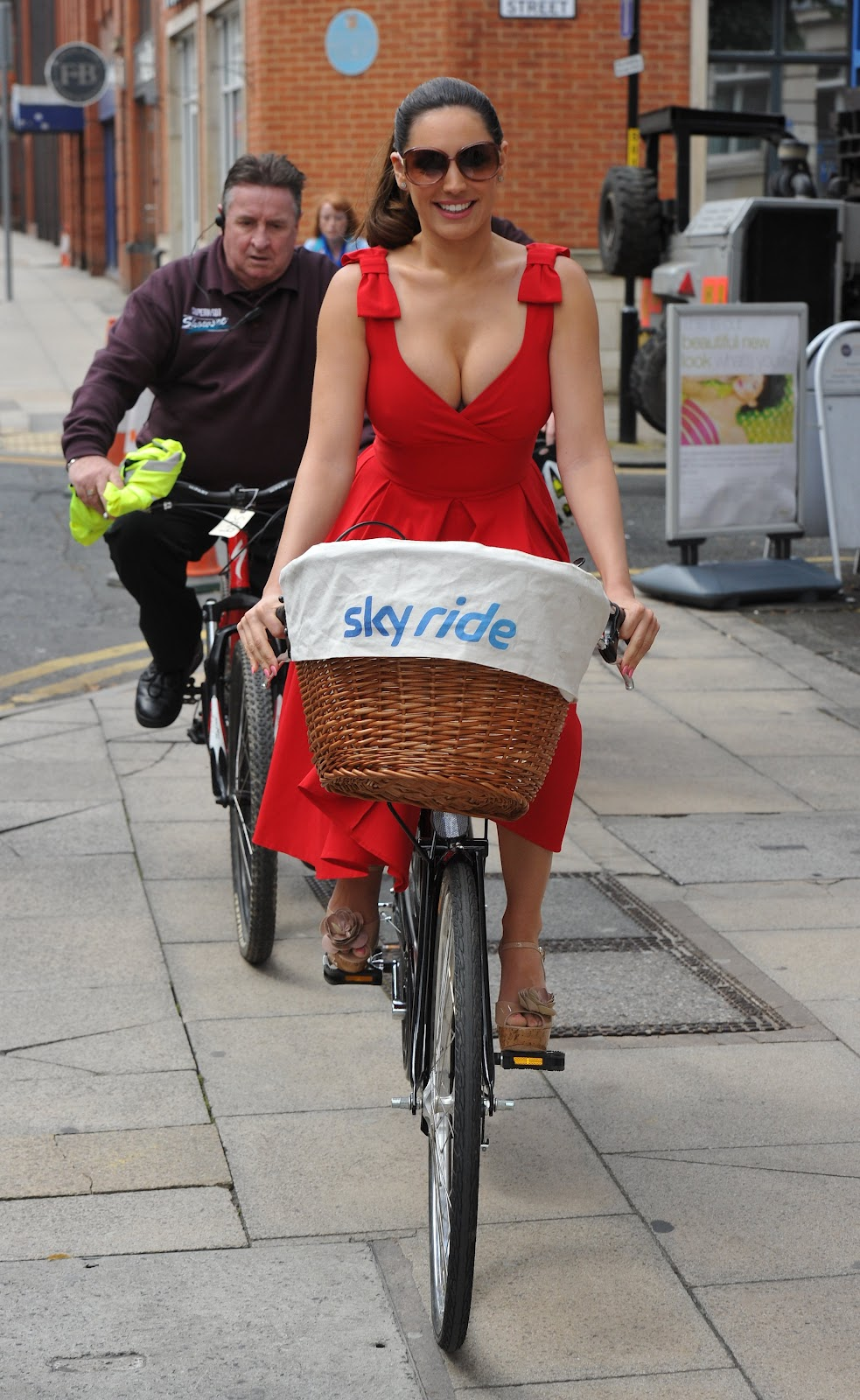 Photofunmasti Kelly Brook Riding A Bike-2344