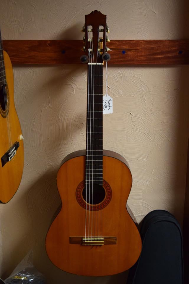Gitar Klasik Yamaha