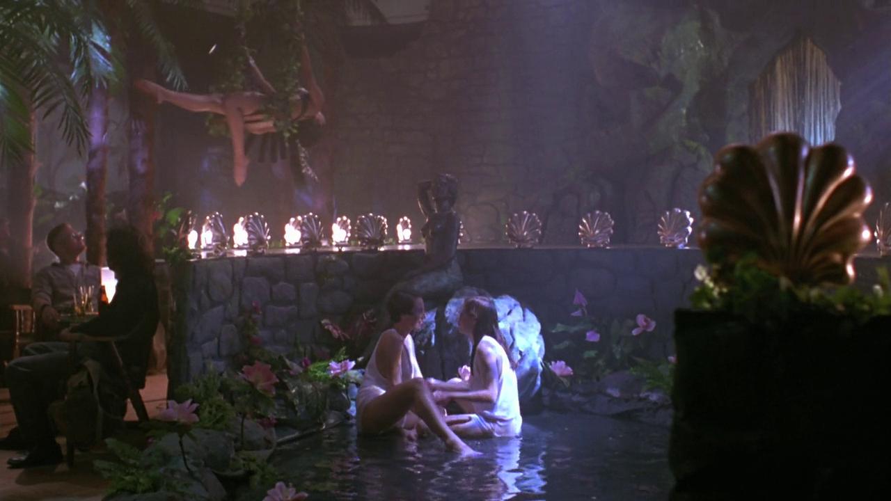 Film Overskydende Exotica 1994 - Egoyans Stærk Sex Drama-1816