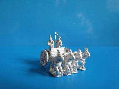 10HA06 Han Heavy Chariots 3 x 4 horse chariots