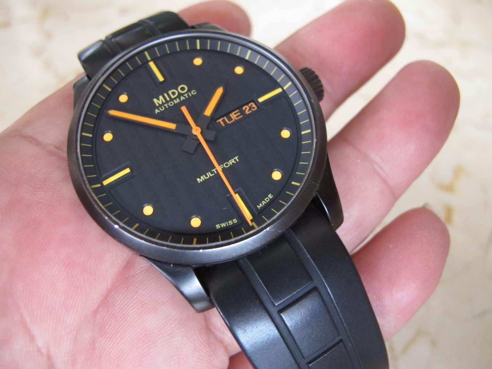 Cocok untuk Anda yang sedang mencari jam tangan Swiss made.. Huge Case...  brand lawas MIDO MULTIFORT. 454dd7a4a0