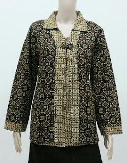 Baju Batik untuk Wanita Kantor Modern