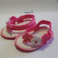 http://gateandocrochet.blogspot.com.es/2015/06/sandalias-crochet-para-bebe.html