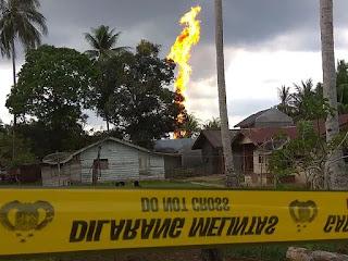 incendie d'un puits de pétrole illégal