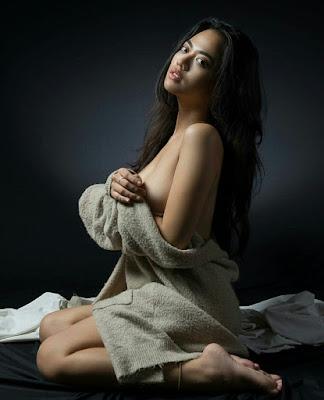 Download Foto Hot Sexy Vinnie Kuntadi Sexy Nude | www.insight-zone.com