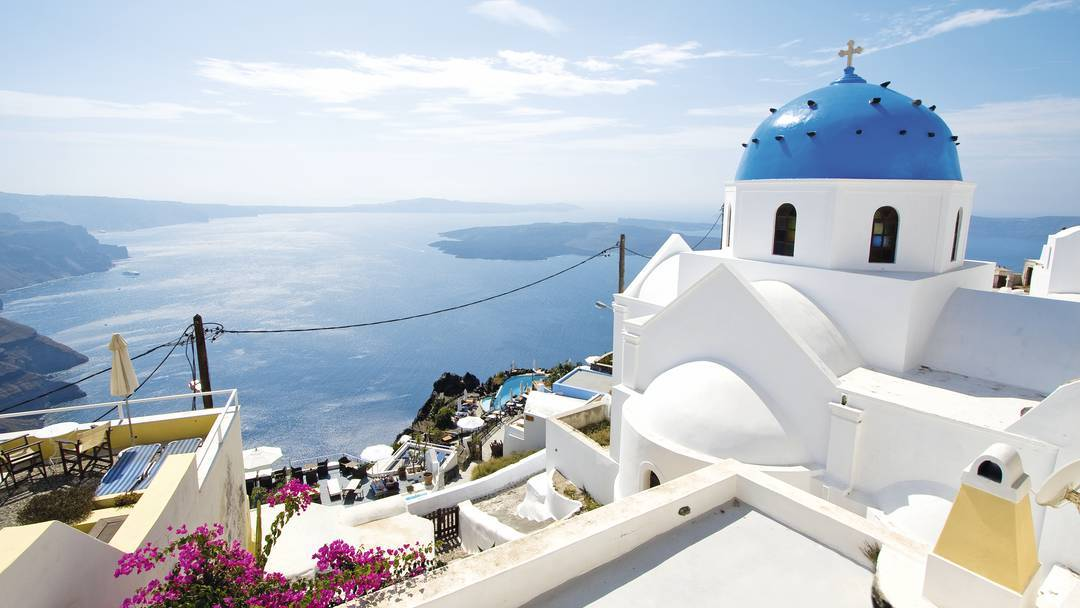 The 10 Best Things To Do In Santorini Island - Visit Firostefani and Imerovigli
