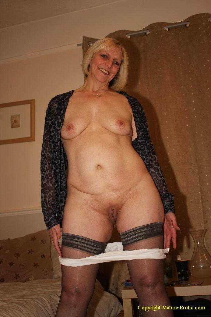 Mature erotic pictures