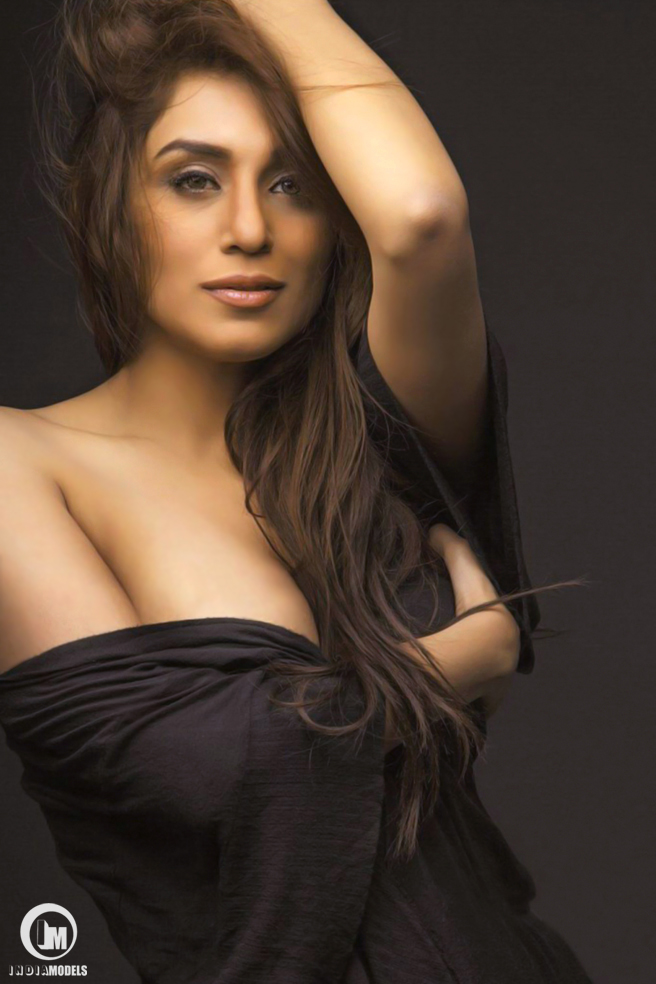Hot Model Andrea D Souza Picture gallery