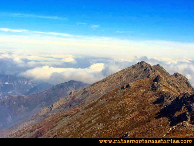 Ruta peña Manteca o Horru: Vista de la Sierra