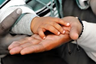 generosidad, asesor, consejero, mentor, tutor, orientador, psicólogo, guía, consultor, ayuda,
