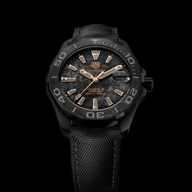 TAG Heuer Aquaracer Carbon Edition with rose gold accents
