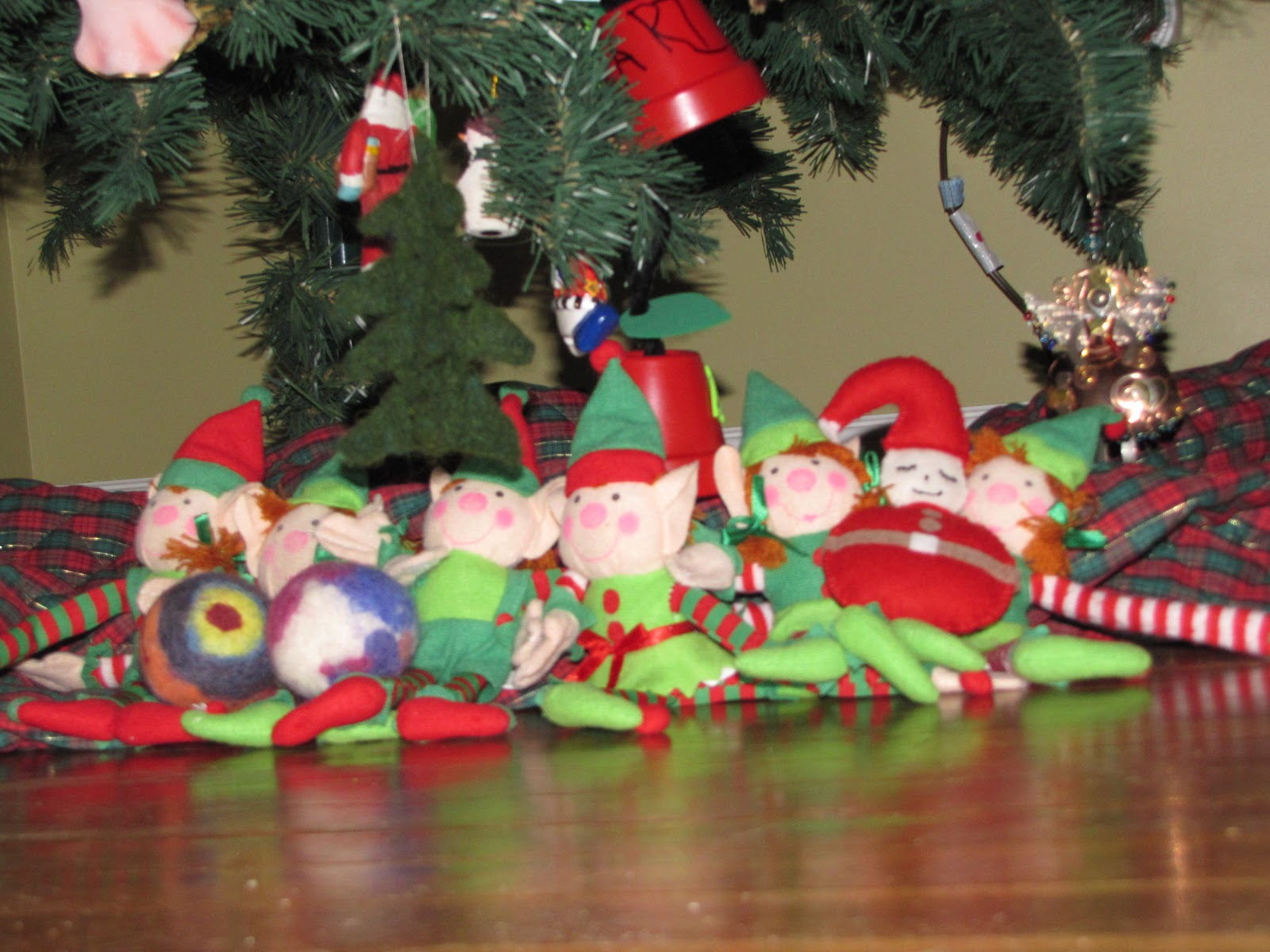 Elf On The Shelf Of The Great Lakes Bay Elf Prank Day 15