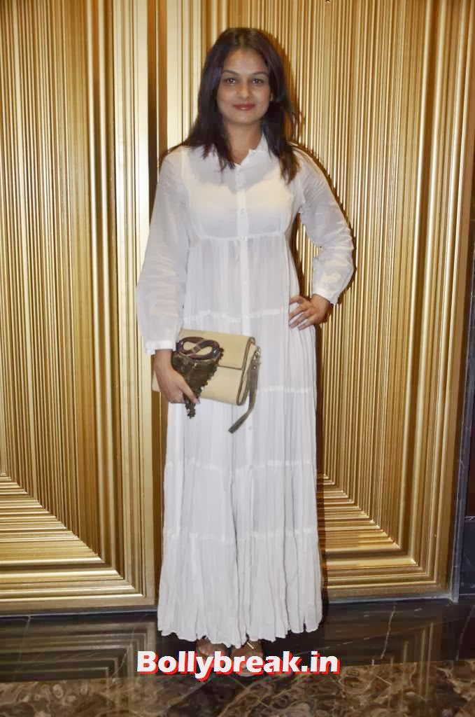 Tejaswini Kolhapure, Yesteryear Actresses at the Launch of Fit at 40 Book