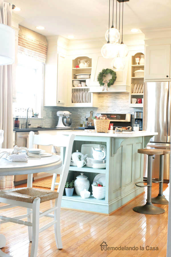 White kitchen with light blue island decorated for Christmas - Remodelando la Casa Kitchen for Christmas