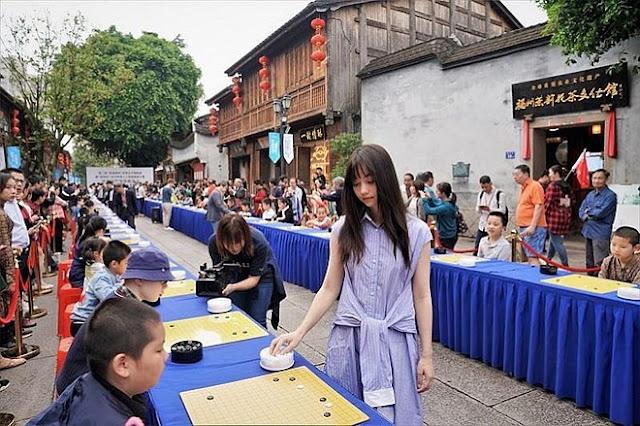 Mỹ nữ kiện tướng cờ vây gây sốt tại Trung Quốc
