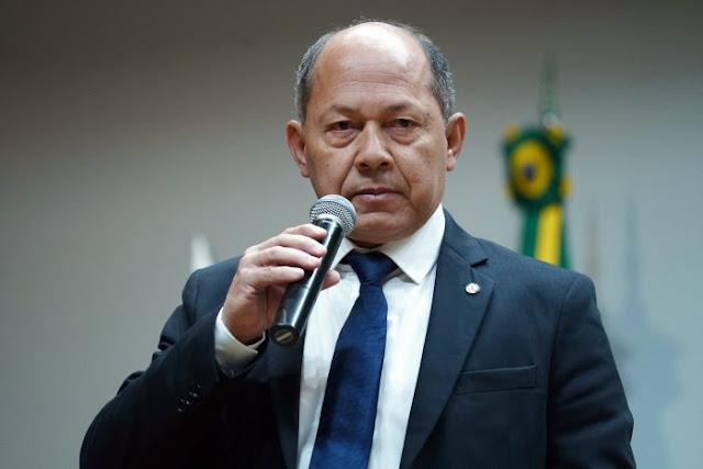 Rondônia será contemplada com a contratação de peritos do INSS, anuncia deputado Coronel Chrisostomo