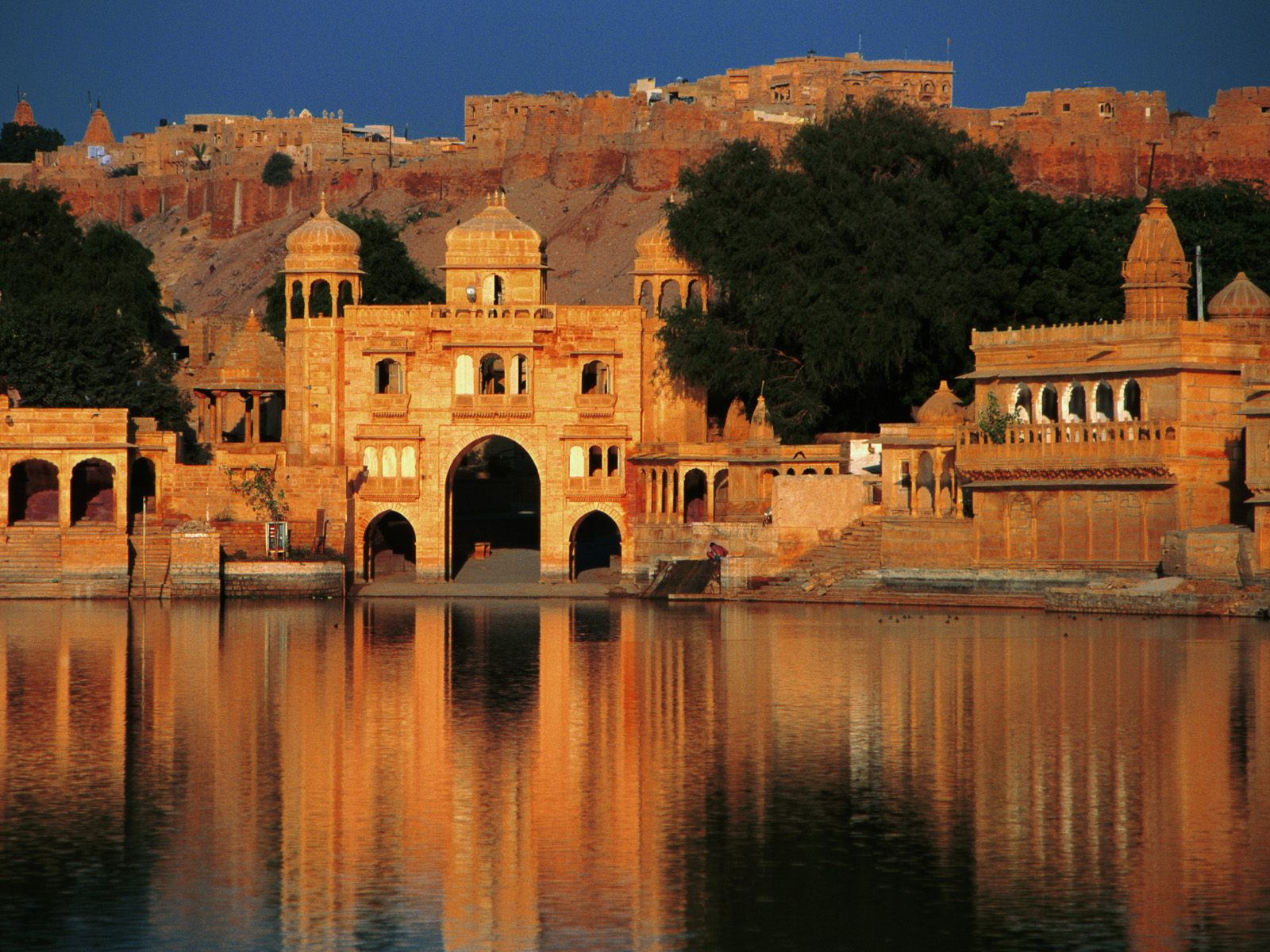 Interesting tourism places in india