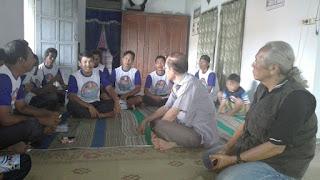 """Gali Potensi Desa, Cabup """"Kang Woto"""" Kunjungi Kelompok  Peternak Ikan"""