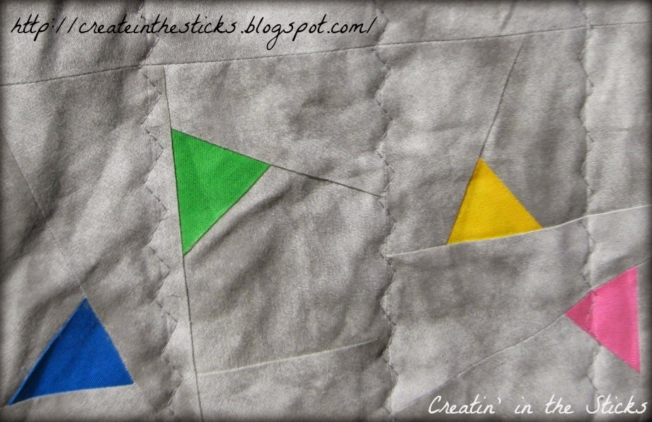 http://www.craftsy.com/pattern/quilting/home-decor/triangle-dance-paper-piece-quilt-block/91938?_ct=fhezusj-tujqyb-fqjjuhd-ydifyhqjyed&_ctp=91938