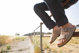 Model Sandal Birkenstocks pria kekinian