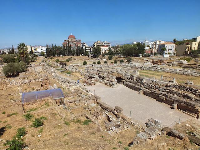 visitando el Ágora de Atenas