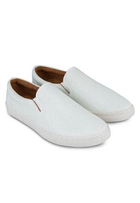 Giày nam giá rẻ sành điệu