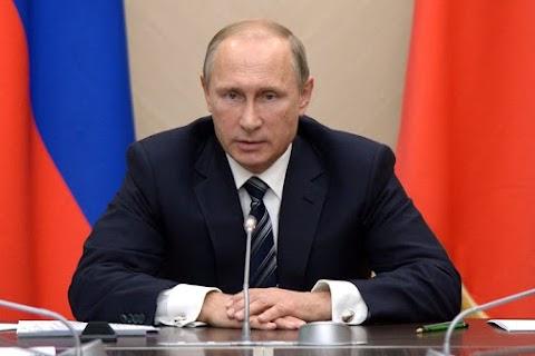 Orosz felmérés: a Putyin iránti bizalom a 2013-as szintre esett vissza