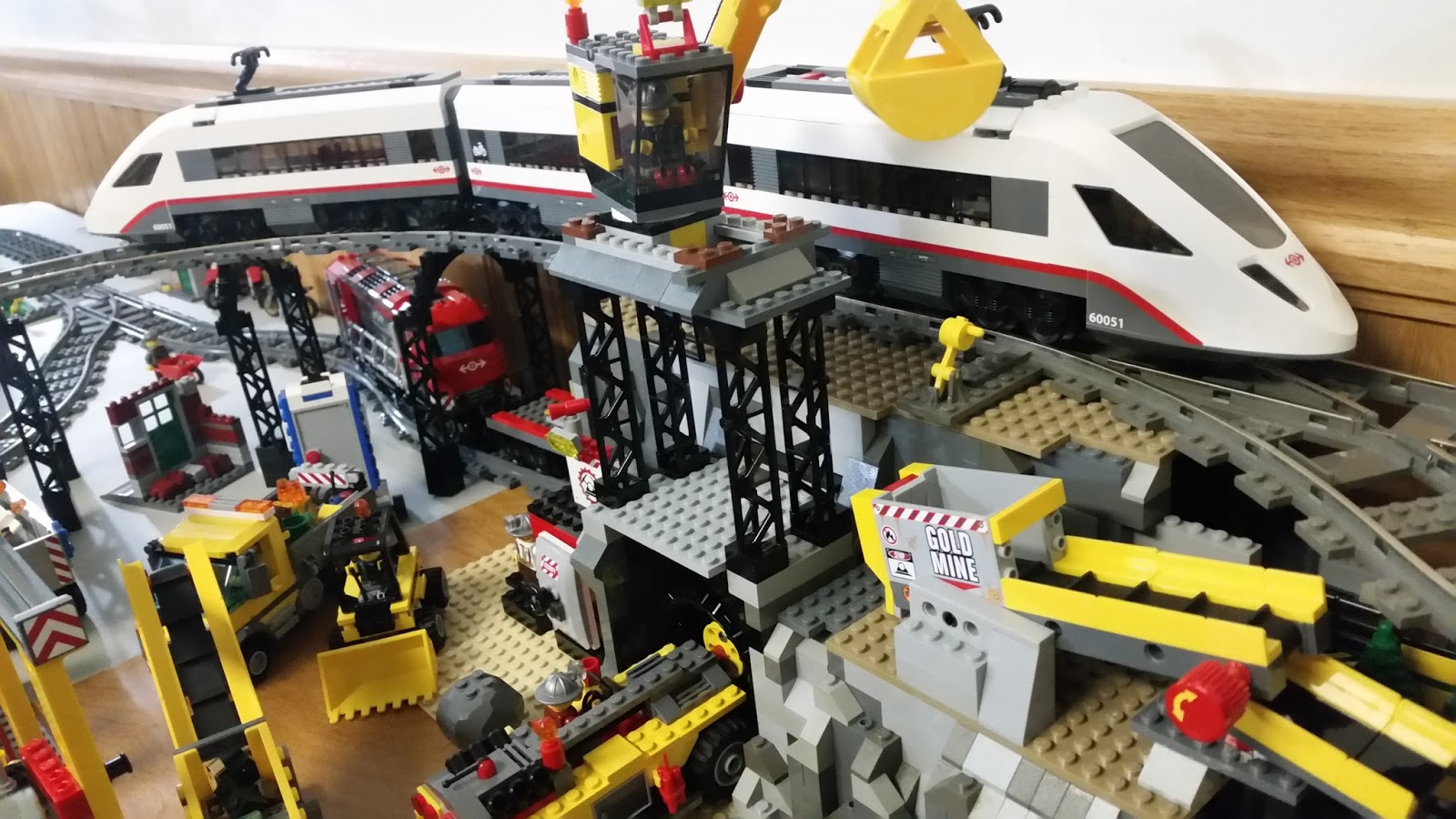 REVIEW: LEGO 60051: High-Speed Passenger Train (and a Peek ...